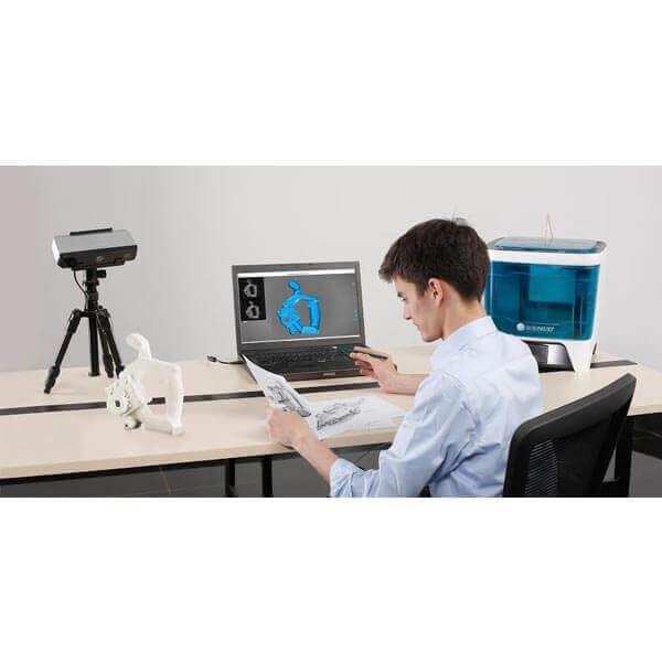 Shining 3D EinScan-SP mit Standfuß